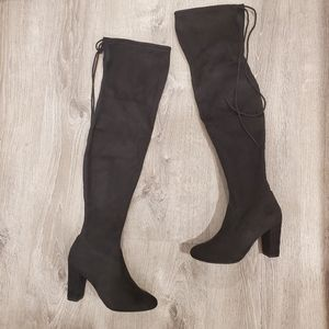 NEW Chinese Laundry Brinna Suedette Black Boots